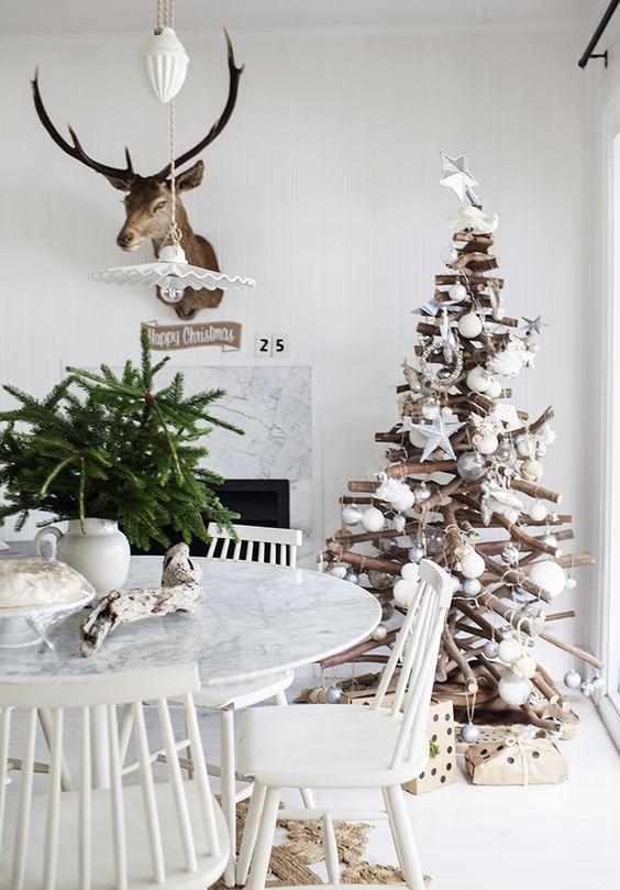 : Coffee House, Christmas Decoration, Christmas Wonderland, Winter Wonderland, Funky Christmas Trees, Holiday Decorations, Wooden Branch Christmas Tree, Driftwood Christmas Tree