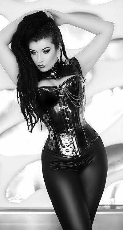 SheenaGirl's  Sexy Girls---------------------------------------------Steampunk   Gothic fashion
