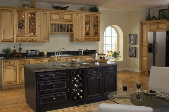 Sunnywood Vintage Estate Kitchen Cabinets