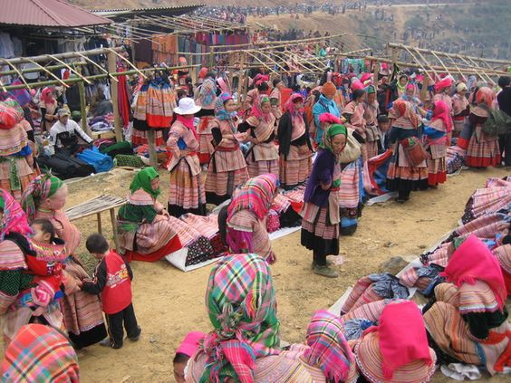 The best Sapa tour review to cultural indentities . Things to do and must to see in the best sapa tour. When you come to Sapa, you can explore the culture..