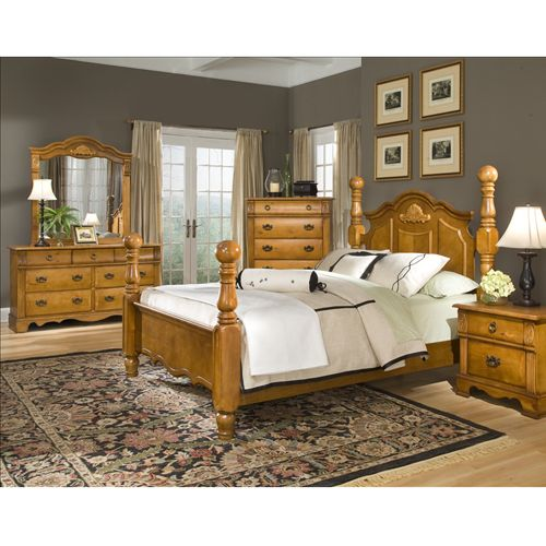 Keep your bedroom stylish with this traditional bedroom for Aarons furniture rental
