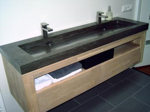 Bathroom on pinterest - Betegeld zen badkamer ...