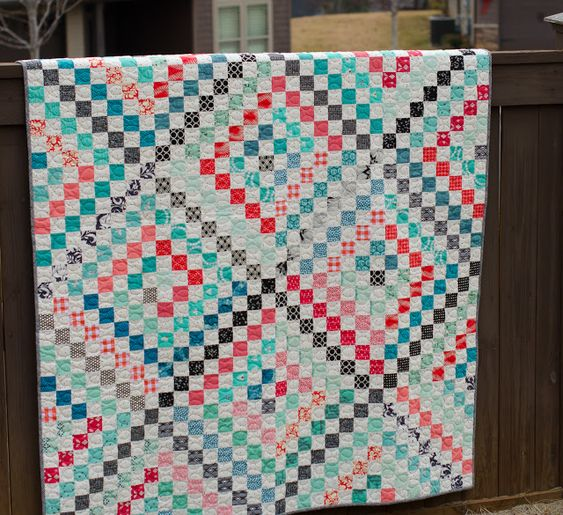 Hyacinth Quilt Designs: Scrappy Trip finish!