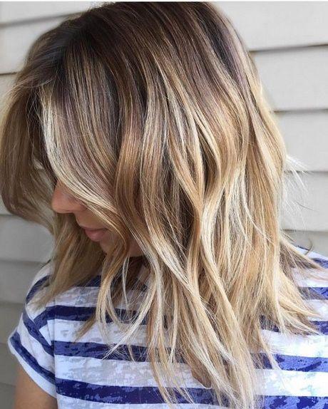Haare Gestuft Mittellang Neu Haar Stile Haarschnitt Mittellange Haare Mittellange Haare Haarschnitt