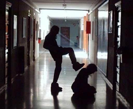 ... Bullyng. Los protagonistas de los casos de acoso escolar suelen ser niños y niñas en proceso de entrada en la adolescencia (12-13 años), siendo ligeramente mayor el porcentaje de niñas en el perfil de víctimas.