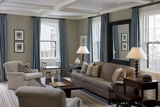 Beige Amp Blue Beige Walls In The Kitchen And Family Room And The Blue As An Accent Color In The