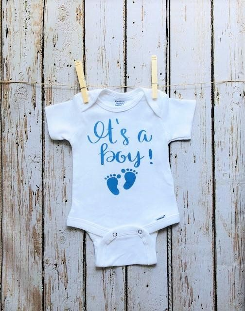 Devine quoi Baby Grow Grossesse Announcement and Gender Reveal