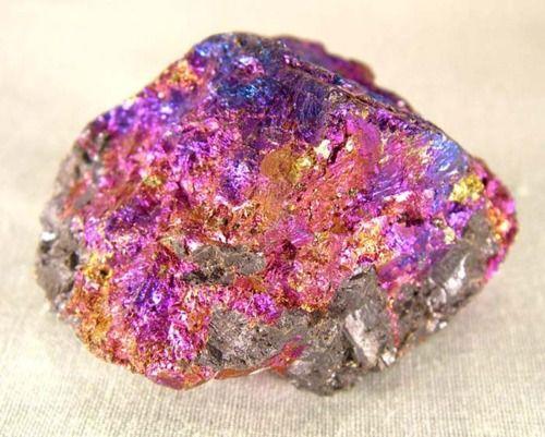 Peacock rock: Minerals Crystals Rocks, Gems Minerals, Gems Rocks Minerals Crystals, Peacock Ore, Rocks Crystals, Rocks Minerals Gemstones, Minerals Rocks, Crystals Geodes Minerals, Crystals Gemstones Minerals