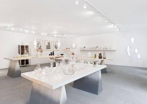 """""""Wir möchten zeigen, wie interessant und aktiv die tschechische Designszene ist"""", sagt Silvie Lubenova. Sie leitet die Geschicke des Conceptstores Cihelna im historischen Lesser-Viertel."""