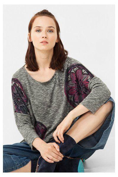 Camiseta gris con bajo cruzado Desigual. ¡Descubre la colección otoño-invierno 2016!