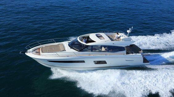 Motor-yacht hard-top / à fly / de croisière / 4 cabines - 550 S - Prestige Yachts - Vidéos