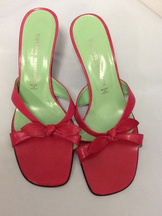 Sigerson Morrison Womens Leather Sandals Sz 7.5 M Pink Pumps. Get the must-have pumps of this season! These Sigerson Morrison Womens Leather Sandals Sz 7.5 M Pink Pumps are a top 10 member favorite on Tradesy. Save on yours before they're sold out!