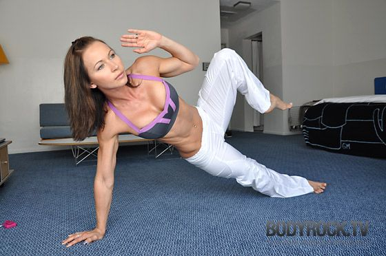 Intense 12 min ab exercises without equipment. Do this everyday. You feel it!