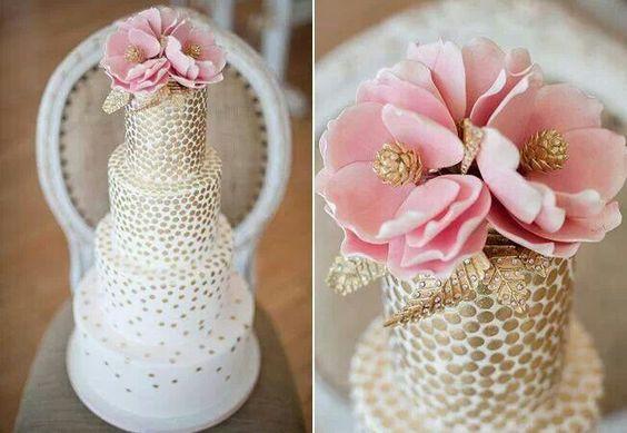 {Bridal Cake} Bobbette & Belle pink & gold wedding cake #bridal #wedding #weddingcake