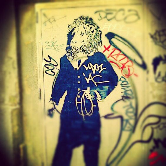 #Streetart in #Barcelona - reminded us of #mumfordandsons #song #littlelionman #music #instagram