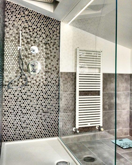 Doccia aperta con piattodoccia ceramicaglobo modello doccia bella rubinetteria paffoni - Doccia a pavimento mosaico ...