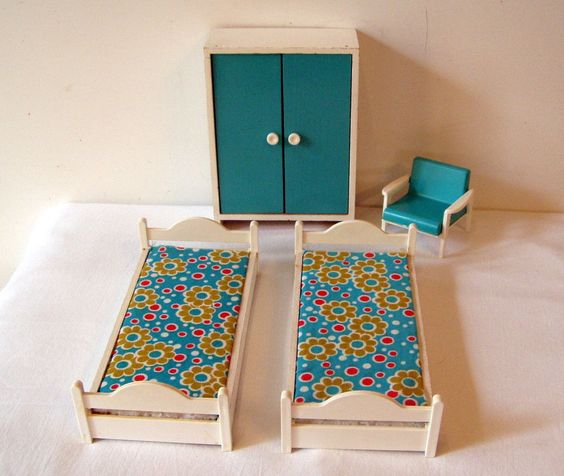 bodo hennig schlafzimmer 70er jahre puppenstube. Black Bedroom Furniture Sets. Home Design Ideas