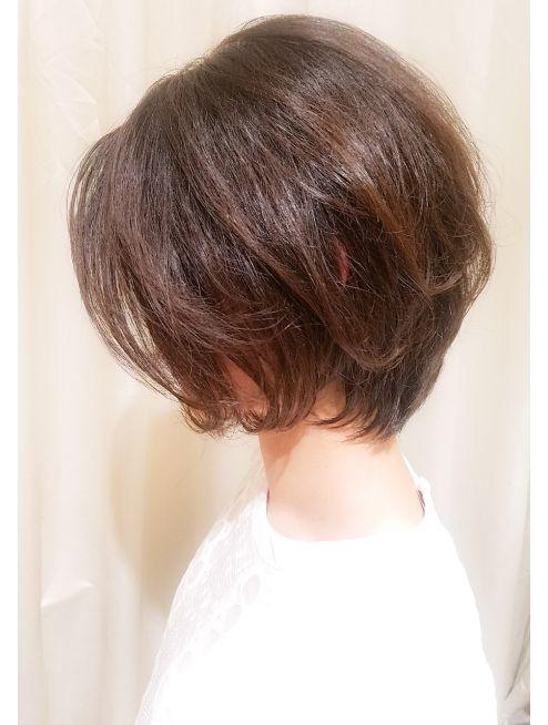 髪型 50 ボブ 代 ショート
