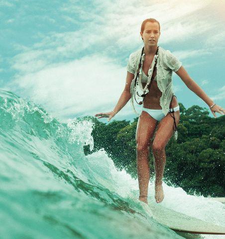 lady surf
