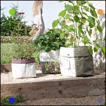 Des Plantes Dans Des Sacs Gravats Plants Rubble Flowers Garden Summer Plants Pretty Gardens Edible Garden