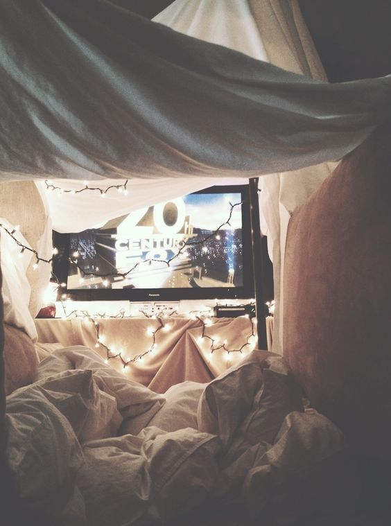 I'd love to get proposed to on a lazy day inside after we've made a fort. So cute ♥