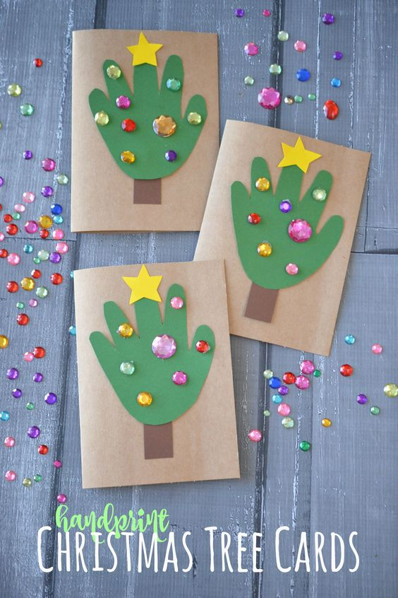 DIY Handprint Christmas Tree Cards - lovely card for the kids to make (great for a class activity or Christmas party too!):
