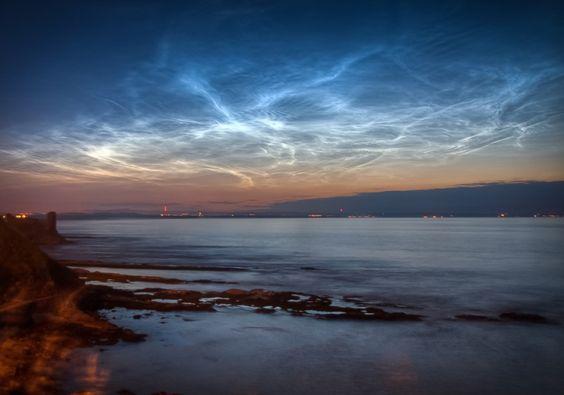 Obłoki srebrzyste - St. Andrews, Szkocja. Fot. aechase/Flickr