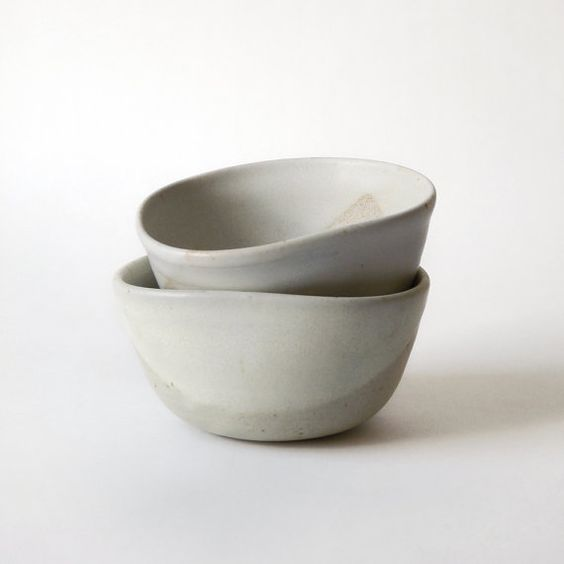 Pottery bowl. Matte off white bowl. Speckled by FourSeasonsPottery