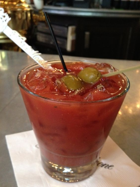 Bloody Mary at the Carousel Bar in the Hotel Monteleone: Travel Tips to help you explore NOLA like a native