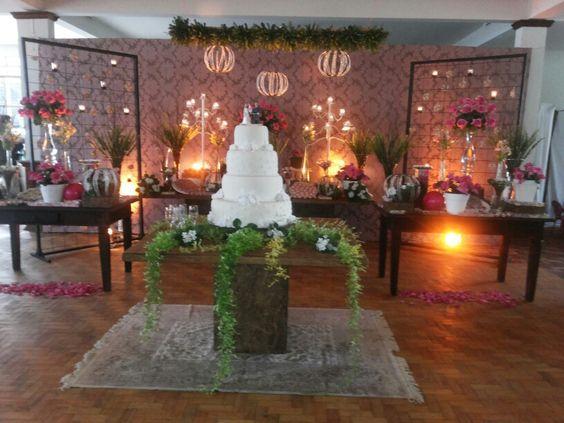 Linda decoração do casamento da Carol e do Max by Neuza Canedo (Patos de Minas)