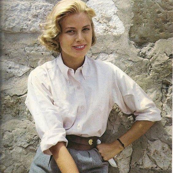 Grace Kelly source dinspiration inépuisable #hanasan #whiteshirt  #frenchbrand #chemise #fashionstyle … | Grace kelly, Princesse grace de  monaco, Actrices classiques