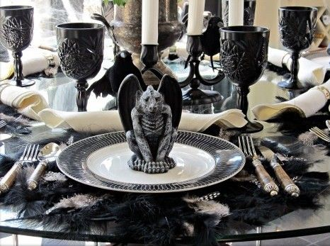 Spooky Table Setting For Halloween 2013