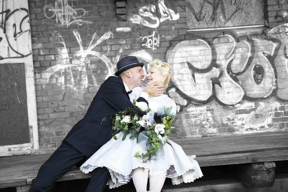 Weddings,Weddingphotography,Rockabilly Wedding,Vintage Wedding,Hochzeitsfotos,Vintage Hochzeit,Hochzeitsfotografie Hamburg,Hochzeitsfotos Hamburg,Hochzeitsfotograf Hamburg  Photos:   www.hamburgweddings.de