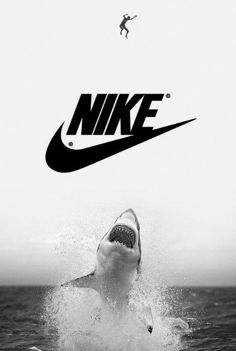 NIKEとサメ