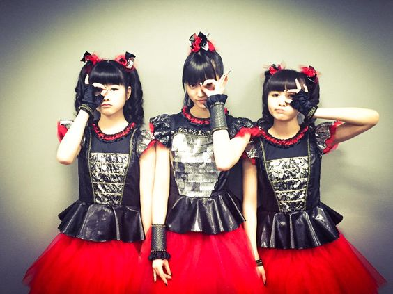 @KISS_japan 【YUIMETAL】 Facebook http://fb.me/babymetalofficial … and BABYMETAL #WorldTour2015 http://bit.ly/buyBABYMETAL