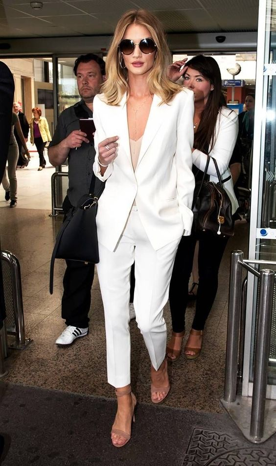 Woman All White Outfits #woman #fashionoutfits #whiteoutfit #fashiontrends #fashion #dressesforwomen #whitefashionblogger #whitefashion #fashiontrends2019
