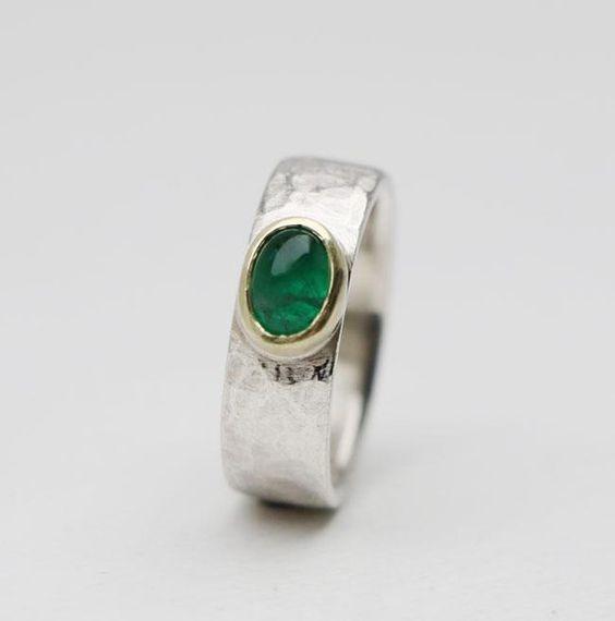 Smaragd.RING von SchmuckeARTen auf DaWanda.com