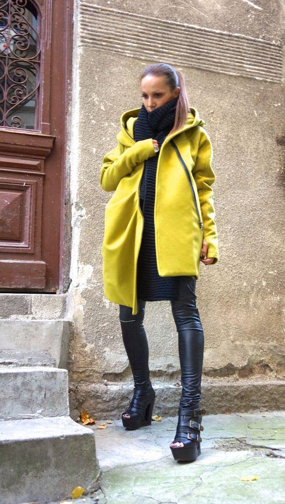 NOUVEAU chaud matelassée asymétrique Extravagant moutarde Hooded manteau d