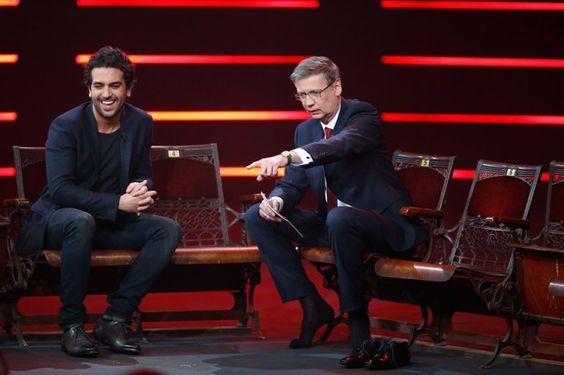 Pin for Later: 18 Gründe, warum Elyas M´Barek ein echter Traummann ist  Elyas mit Günther Jauch während der RTL Show Menschen, Bilder, Emotionen.