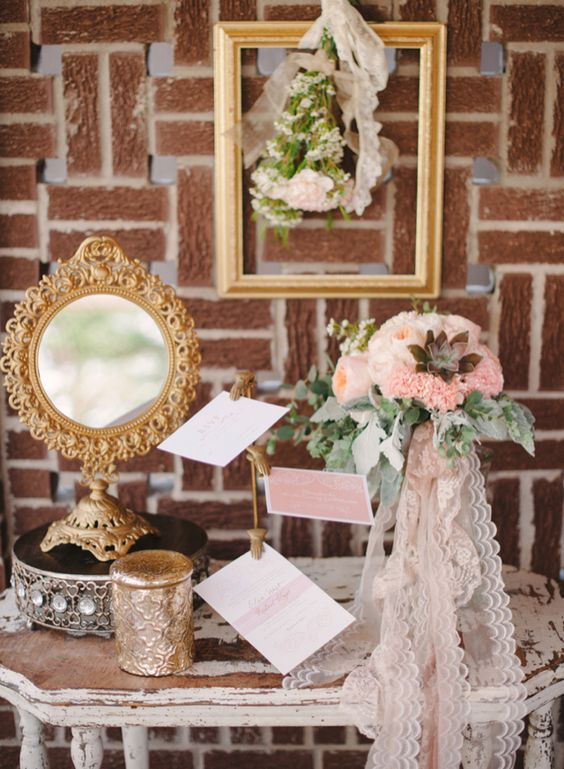 Vintage wedding details / Marcie Meredith Photography