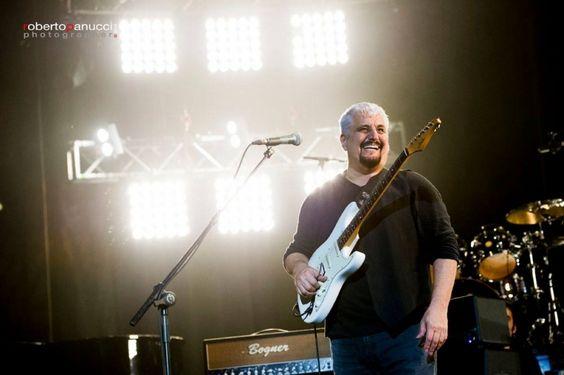 Aos 59 anos, morre o músico italiano Pino Daniele