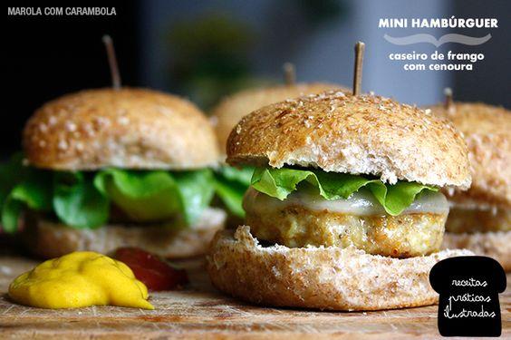 Hambúrguer caseiro de frango com cenoura no pão integral! <3