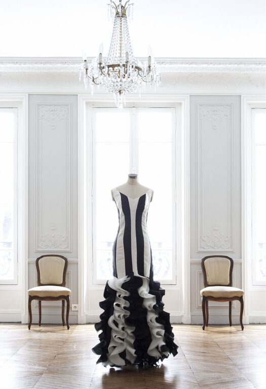 History, art and literature inspiration for the Peacock Feather Collection by #OscarCarvalloParis www.oscarcarvallo.com