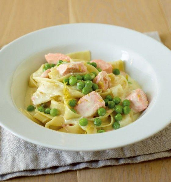 Zitronen- Lachs- Pasta mit Erbsen