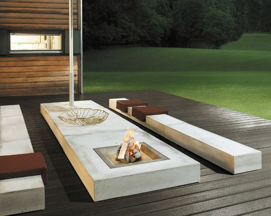 Modern outdoor fireplace and seating area learn how to for Outdoor modern fire pit