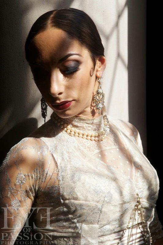 The beautiful Miriam Peretz.