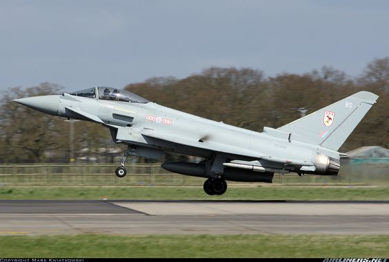 Eurofighter EF-2000 Typhoon FGR4 aircraft picture