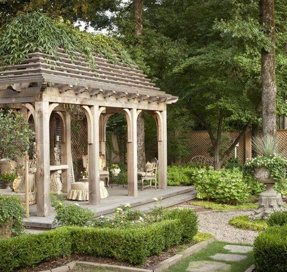 alt europäischer-stil garten-niedrige hecke gartenweg anlegen, Garten und erstellen