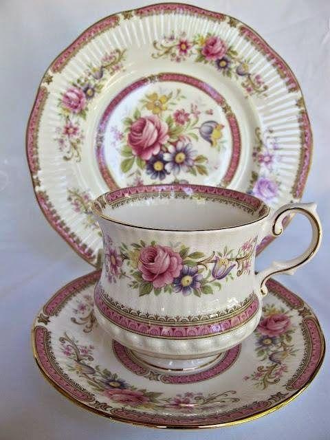 7 Das Artes Xicaras De Cha Com Flores Absolutamente Lindas Xicaras De Cha Vintage Tea Ideias Para O Cha