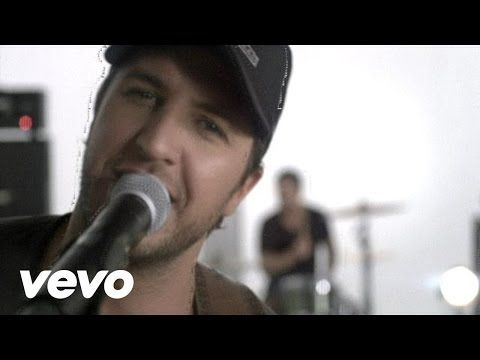 Luke Bryan - Country Girl (Shake It For Me) - YouTube...#Beast WILL love #Bell forever XOXO #ourlovewillconquerall